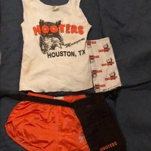 Authentic hooters girl outfit